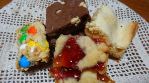 Fun Marshmallow Bars, Polka-Dot Cookie Bars, Lattice Fruit Bars, missing from the photo Apple-Berry Streusel Bars